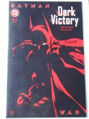 Batman Dark Victory #1 Dynamic Forces DF Signed Loeb & Sale COA